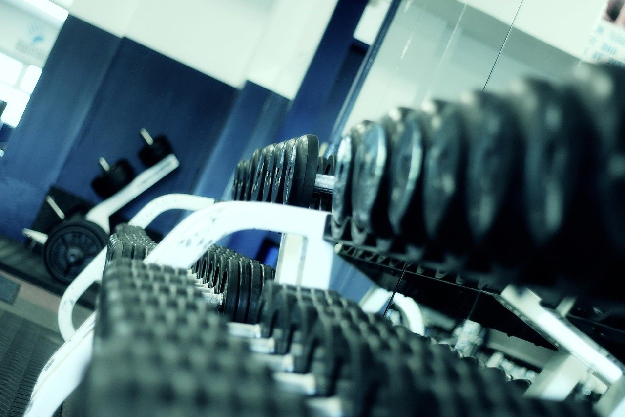 weight lifting fitness gym 1284616 2